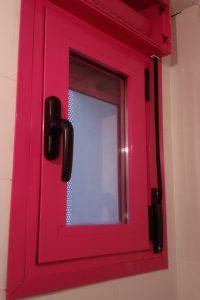 ventana pvc rosa